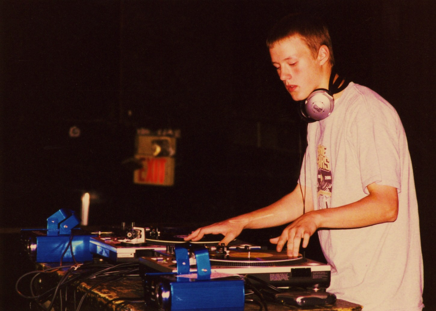 DJ X-plore battles on stage at First Ave, 2004.