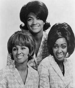 The Blossoms—Darlene Love at lower left